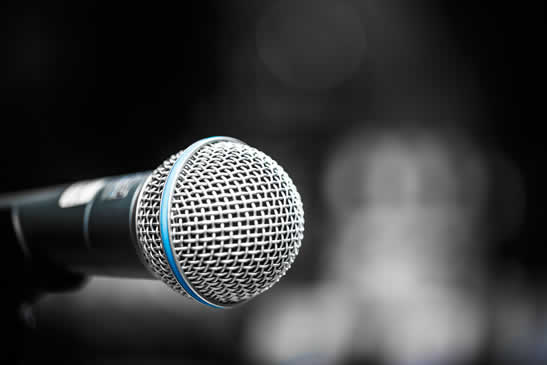 345_close-up-of-microphone-PWKEJH2